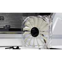 Кулер для корпуса AeroCool Shark Fan 120mm White Edition