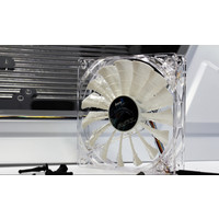 Кулер для корпуса AeroCool Shark Fan 140mm White Edition
